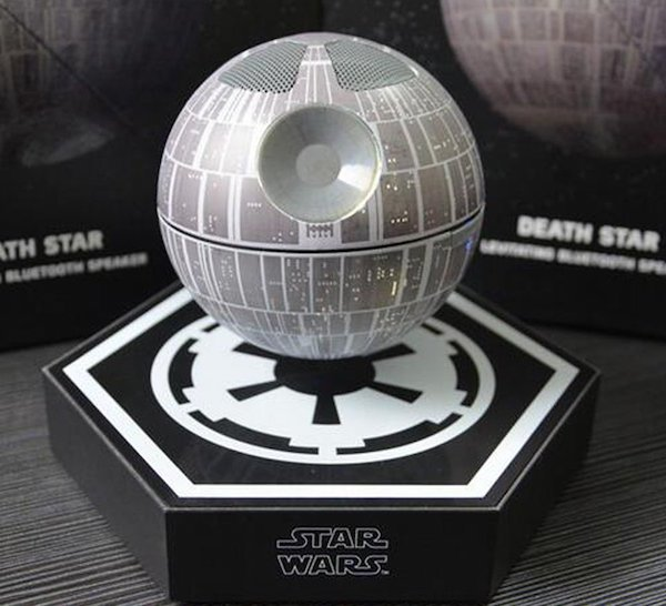 Feel The Force With These Star Wars Gadgets!