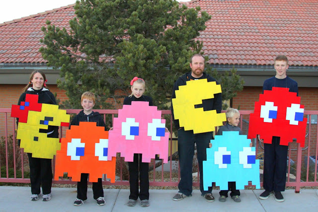 Digital Addicts Pac-Mac Family Halloween Costumes